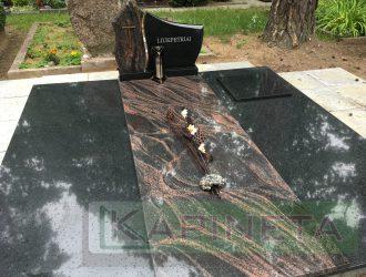 Kapas dengtas juoda ir Aurora granito plokšte